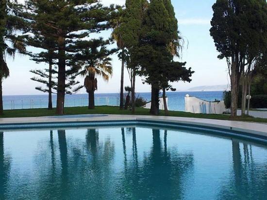Corniche Palace Hotel